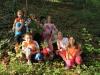 Guzaj se otrokom odkupi z goldinarji in skupinsko fotografijo