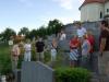 Ob grobu Franca Guzeja na Prevorju - starši otrok na taboru (2)