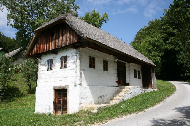 A typical Kozjansko house in Repuš