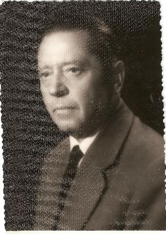 Portret: Ernest Tiran, soavtor knjige Razbojnik Guzaj